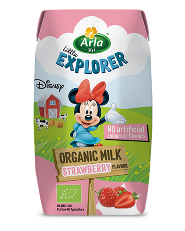 Strawberry flavoured organic milk